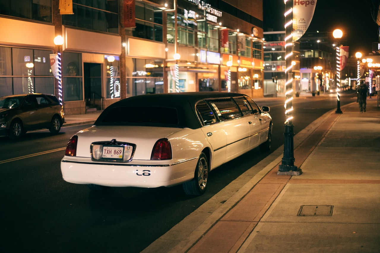 Prices for Limo Service: Why Limos Are Not Just for Celebrities